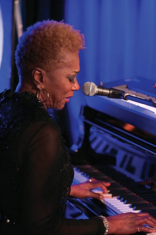 Carmen Lundy at the piano